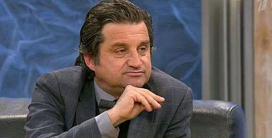 Отар кривляется за спиной Меладзе