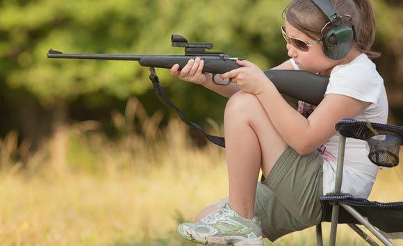 Американец оставил пятилетнюю внучку в пустыне, дав ей пистолет