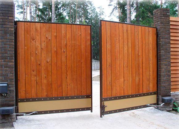 Автоматические ворота помешают преступникам проникнуть в частный дом