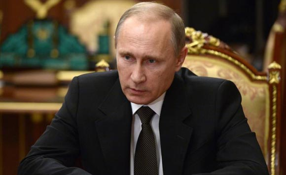 Vladimir Putin promises to find those who are involved in the catastrophe in Egypt
