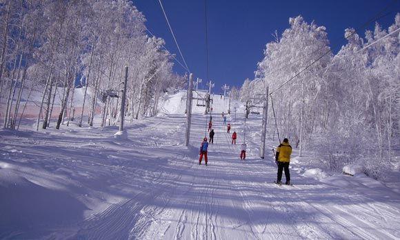 Власти Сахалина построят второй по величине в России горнолыжный курорт