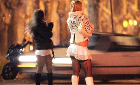 Жительницы Барселоны смогут легально заниматься проституцией