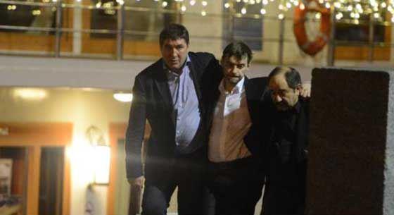 Сергея Железняка выводят из ресторана