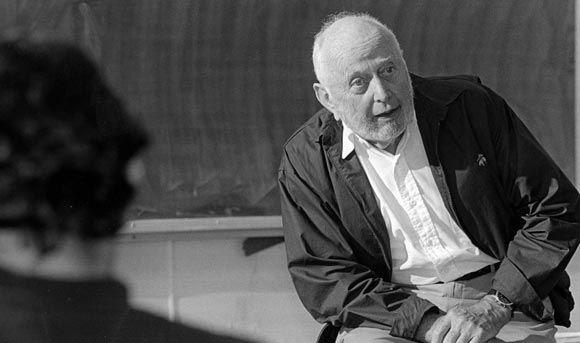 Экономист Дуглас Норт умер на 96-м году жизни
