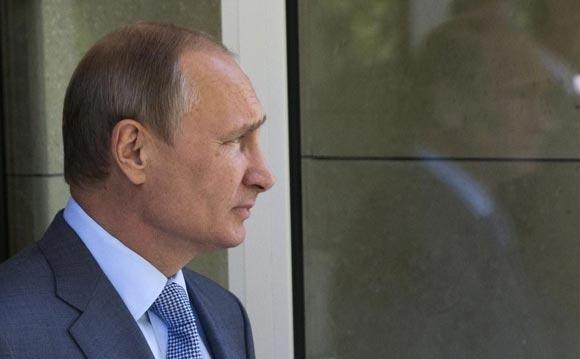 Власти Австралии запретили забайкальскому казаку ездить с номером Putin