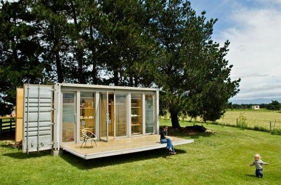 Пляжный домик из контейнера в Новой Зеландии