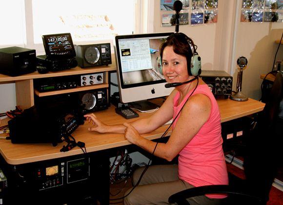 Радиолюбители по всему миру увлекаются DX-радиосвязью
