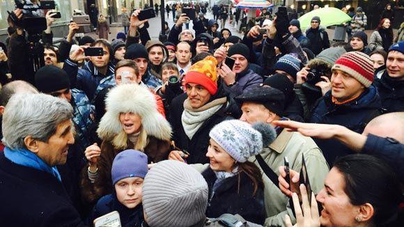 Джон Керри пообщался с москвичами