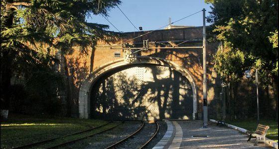 Самая короткая железная дорога в мире находится в Ватикане
