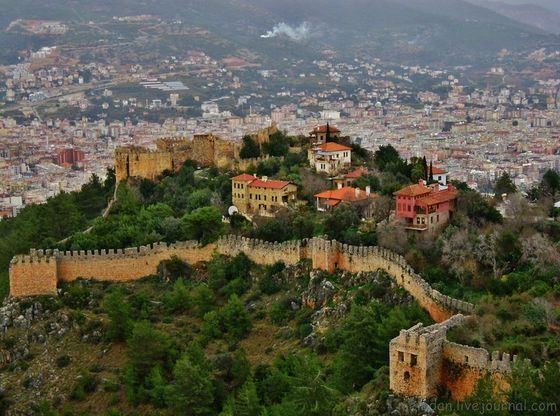 Знаменитая крепость в Алании