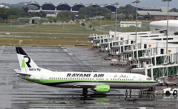 Авиаперевозчик Rayani Air запустил рейс для правоверных мусульман