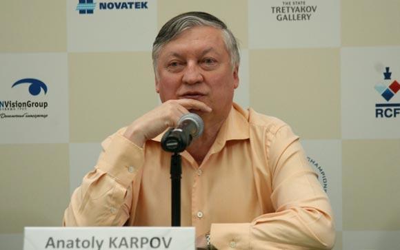 Тюремщик из Ставрополя свел вничью партию с Карповым