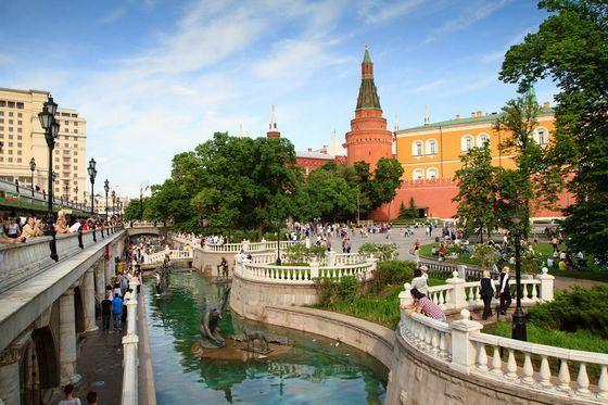 Александровский парк находится в самом центре Москвы