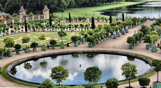 Версальский сад - самый знаменитый парк во Франции
