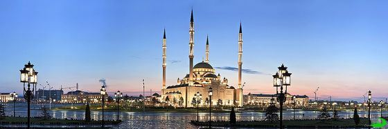 """""""Heart of Chechnya"""" in Grozny - perhaps the most beautiful mosque in Russia"""