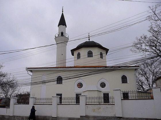 Мечеть Кебир-Джами - одна из древнейших на территории России