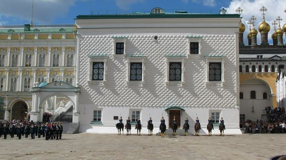 Грановитая палата - самое старое здание в Москве