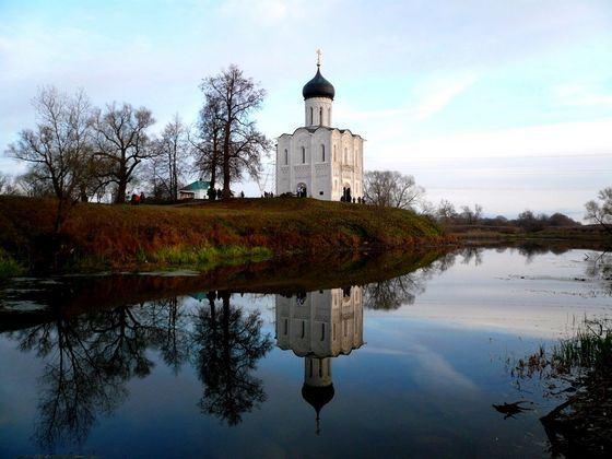 Церковь Покрова на Нерли - один из древнейших памятников зодчества