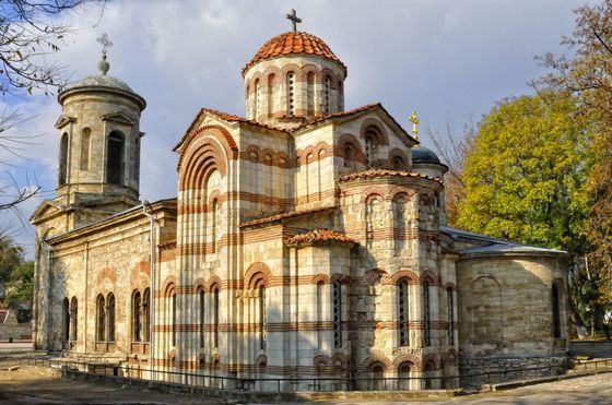 Самое старое сохранившееся здание на территории современной России - Церковь Иоанна Предтечи в городе Керчь