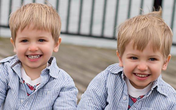 Ученые объяснили рождение аномального числа близнецов в США