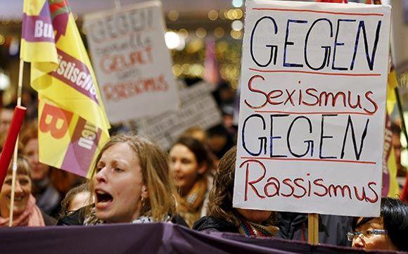 Мэр Кельна разгневала немок советом о том, как избегать домогательств