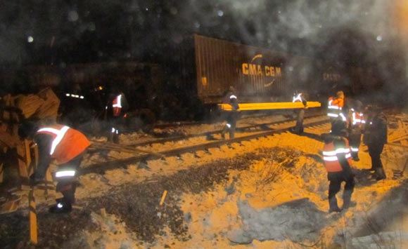Сход с рельсов товарных вагонов нарушил движение в Забайкалье