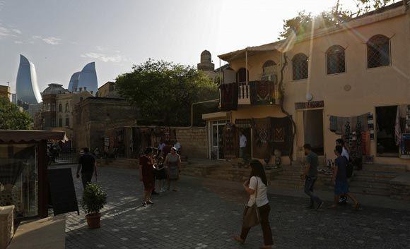 Азербайджан вошел в четверку самых счастливых стран мира
