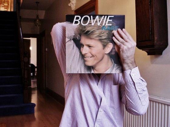 Дэвид Боуи продал более 136 миллионов своих пластинок