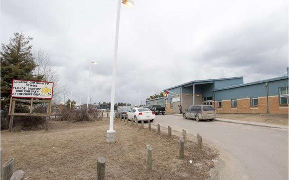 В сельской школе в Канаде произошла стрельба