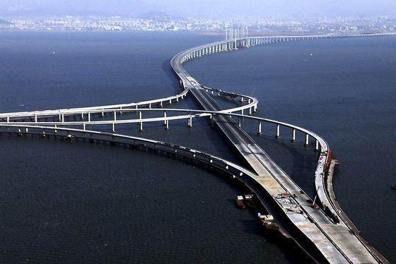 Сложная архитектурна Даньян-Куньшаньского моста-виадука