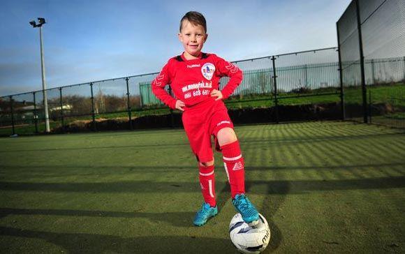 В Англии прославленные клубы заманивают к себе пятилетнего футболиста