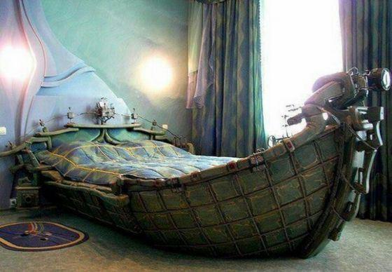 Оригинальная кровать-корабль
