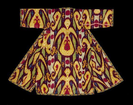 Принты Икат снова в тренде в одежде и домашнем текстиле