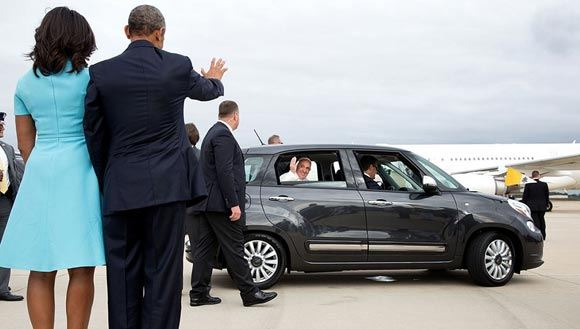 The Fiat 500L, which the Pope traveled around the USA, sold in 11 minutes