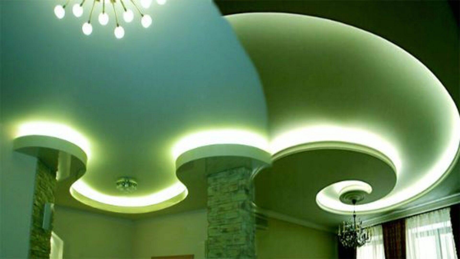 Потолок может быть любого цвета
