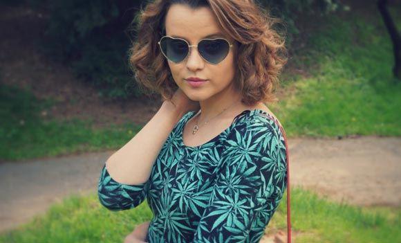 Предпринимательницу из Тулы оштрафовали за платья с принтами марихуаны