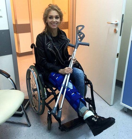 После участия в шоу «Без страховки» Кристина оказалась в инвалидном кресле