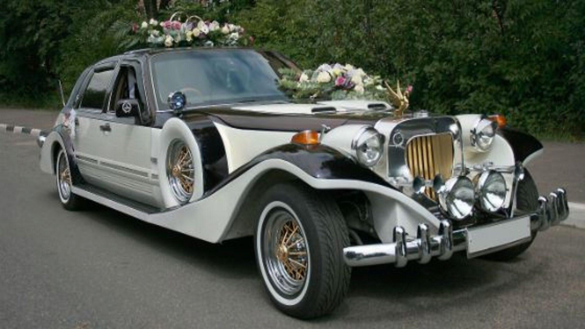 Такая машина украсит любую свадьбу
