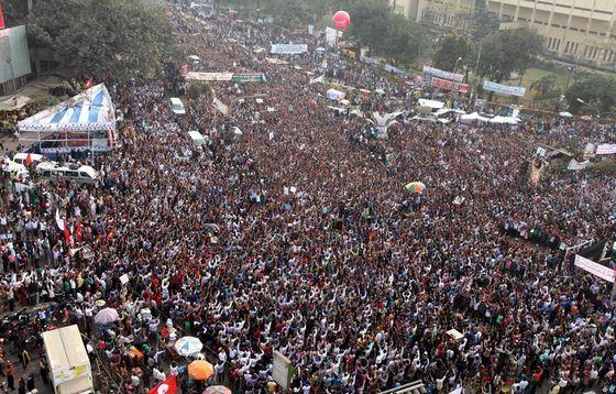 В Банглашед плотность населения такая же, как в самых развитых странах