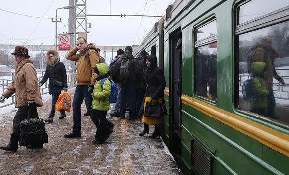 В РЖД изменили движение поездов ради школьницы