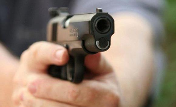 В ночном клубе Тюмени пьяные посетители расстреляли охранников