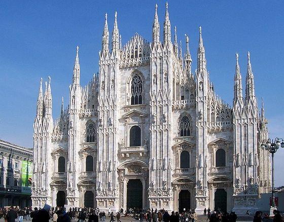 Миланский собор строили почти полтысячи лет