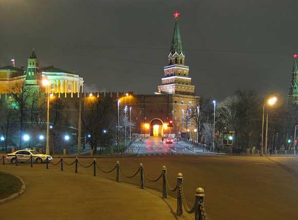 Неизвестный собирался ночью проникнуть в Кремль
