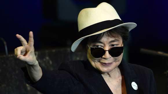 Йоко Оно чувствует себя хорошо и может скоро выписаться