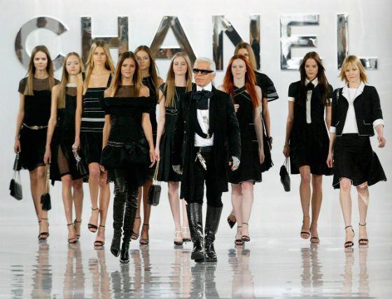 Индустрии моды может наступить конец, считает Карл Лагерфельд
