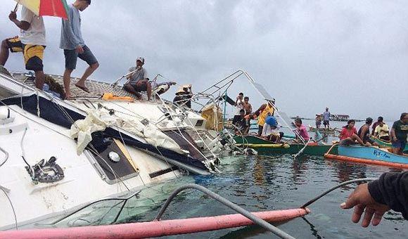 У Филиппин обнаружили яхту с мумией на борту