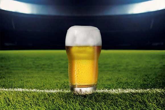 Пиво может вернутся на российские футбольные матчи