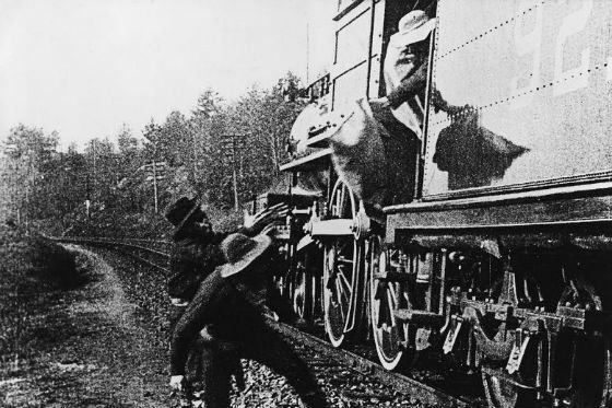 Ограбление почтового поезда стало самым крупным за всю историю