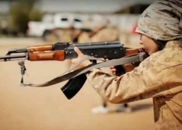 Взрослые террористы приказали «Джихади Джейн» расстрелять пятерых женщин