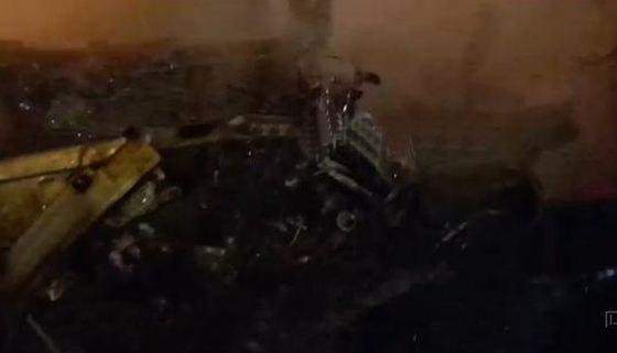 От автомобиля осталась груда обгоревшего металла